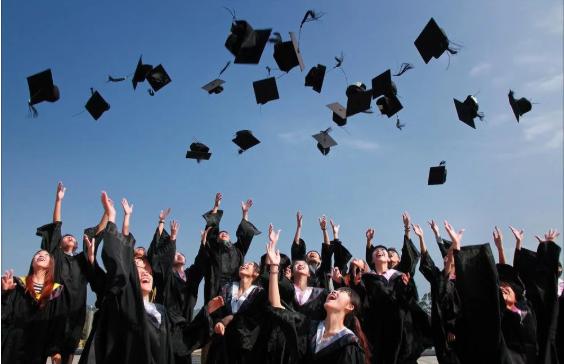 2020年成人高考哪些专业适合女生?